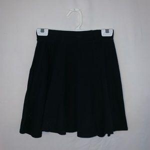 black skater skirt size M